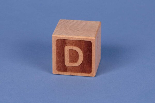 Houten naam blokken D negatief