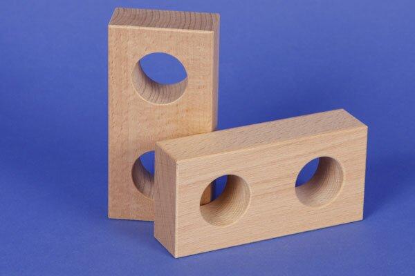 houten blokken drilled 12 x 6 x 3 cm - 3 cm drilled