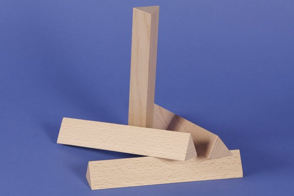 houten columns driehoekig 3 x 3 x 18 cm