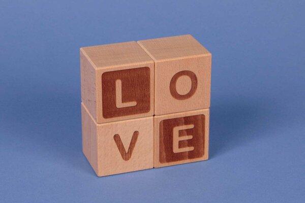 """Houten naam blokken """" LOVE """""""
