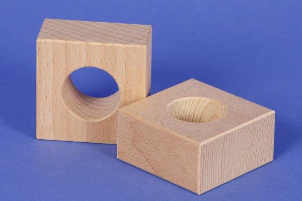 houten blokken drilled 6 x 6 x 3 cm - 3 cm drilled