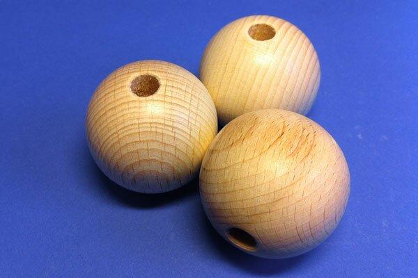 100 Houten ballen beuk Ø 12mm drilled 3mm
