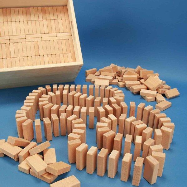 584 Domino-Set in een groote beukenhout box