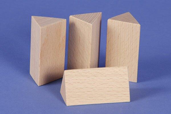 houten columns driehoekig 3 x 3 x 6 cm