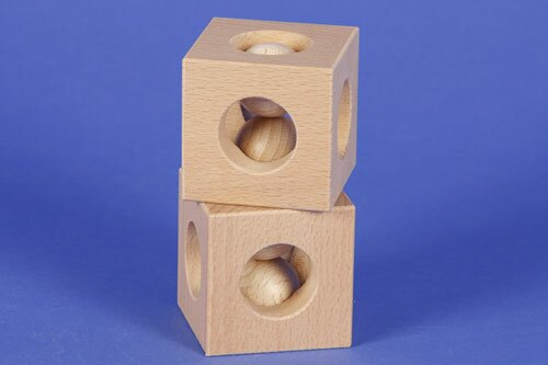 houten kubus blokken 6 cm - 3 cm 3x drilled