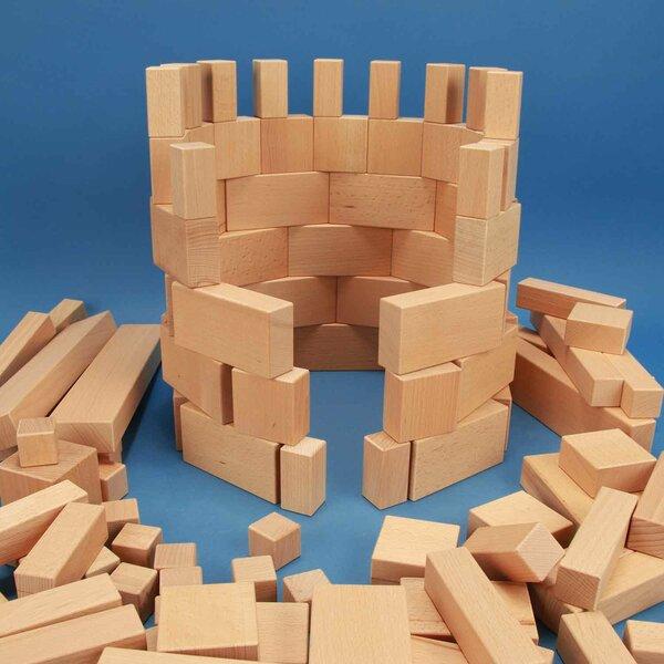 Set uit 140 groote houten bouwblokken