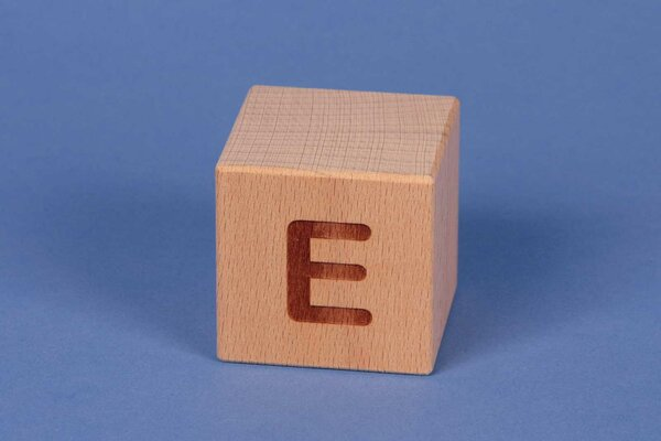 Houten naam blokken E positief