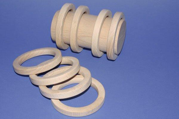 grote ring van beukenhout Ø 8,3 x 1,1 cm